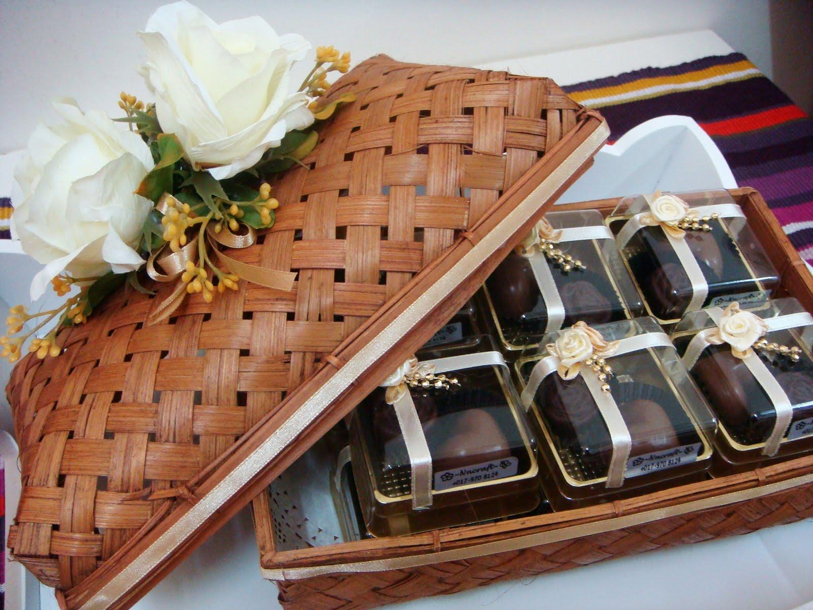 """Hantaran """"Almond Chocolate"""" untuk Majlis Pertunangan"""