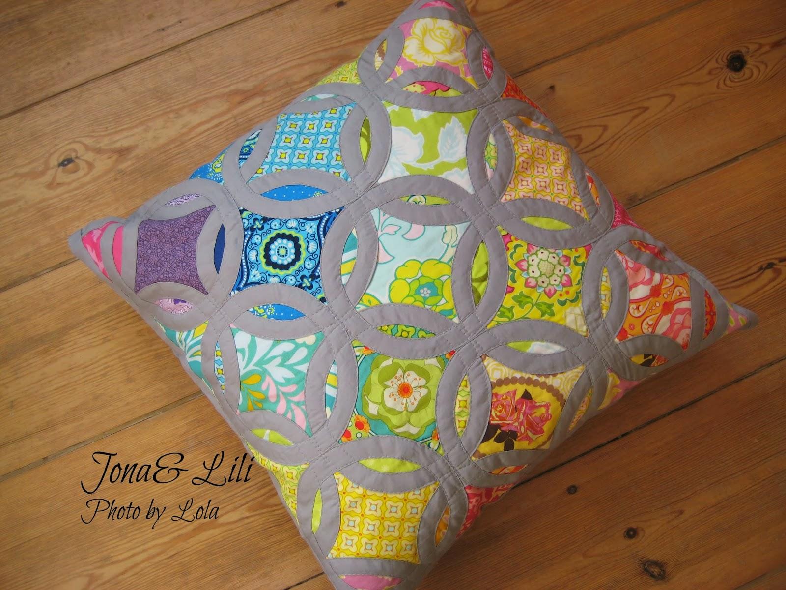Декоративные подушки в стиле пэчворк 20