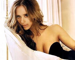 Jennifer Love Hewitt is quite the model