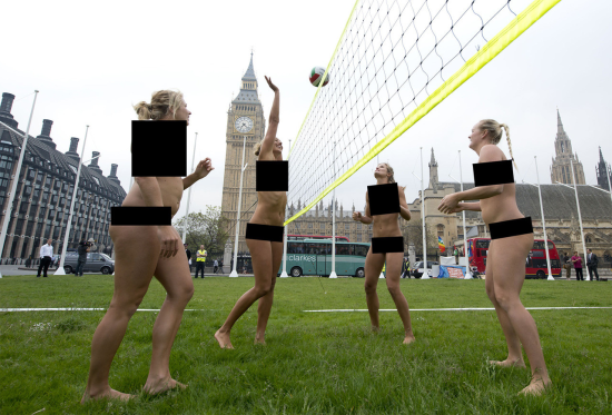 смотреть голые censored фото