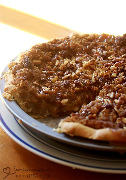 Hearts in My Oven: Caramel Apple Pie