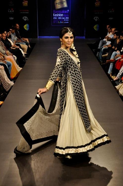Jinal's Fashion world   Best Cloth Designs, Cloth Design ... - photo #39