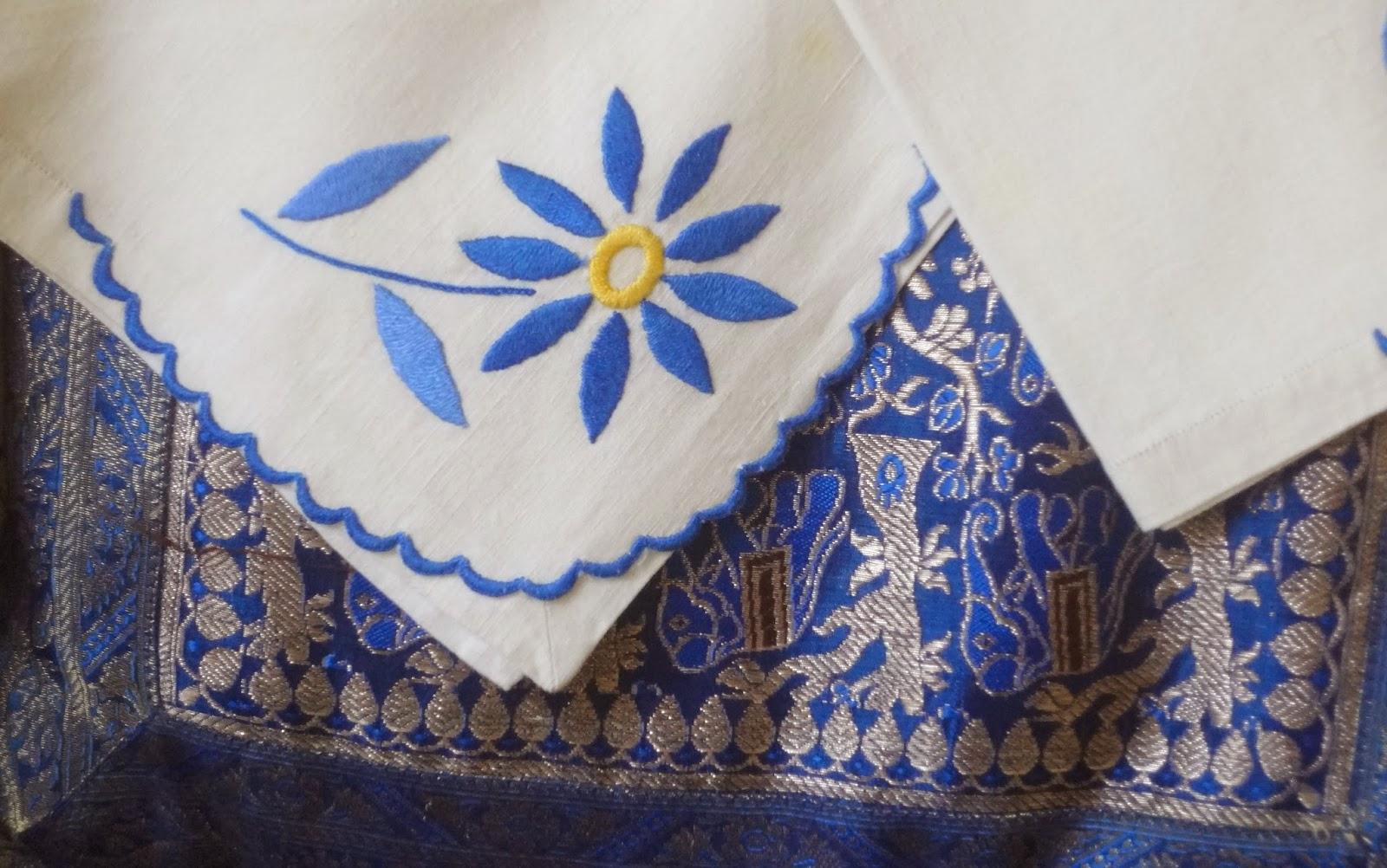 Bordados ganchillo y punto manteler a bordada en azul - Como hacer una manteleria ...