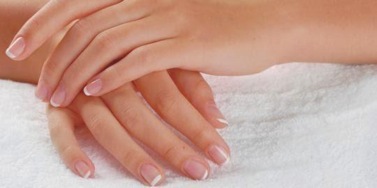 5 Tips Mudah Menghaluskan Tangan Kasar Pada Wanita