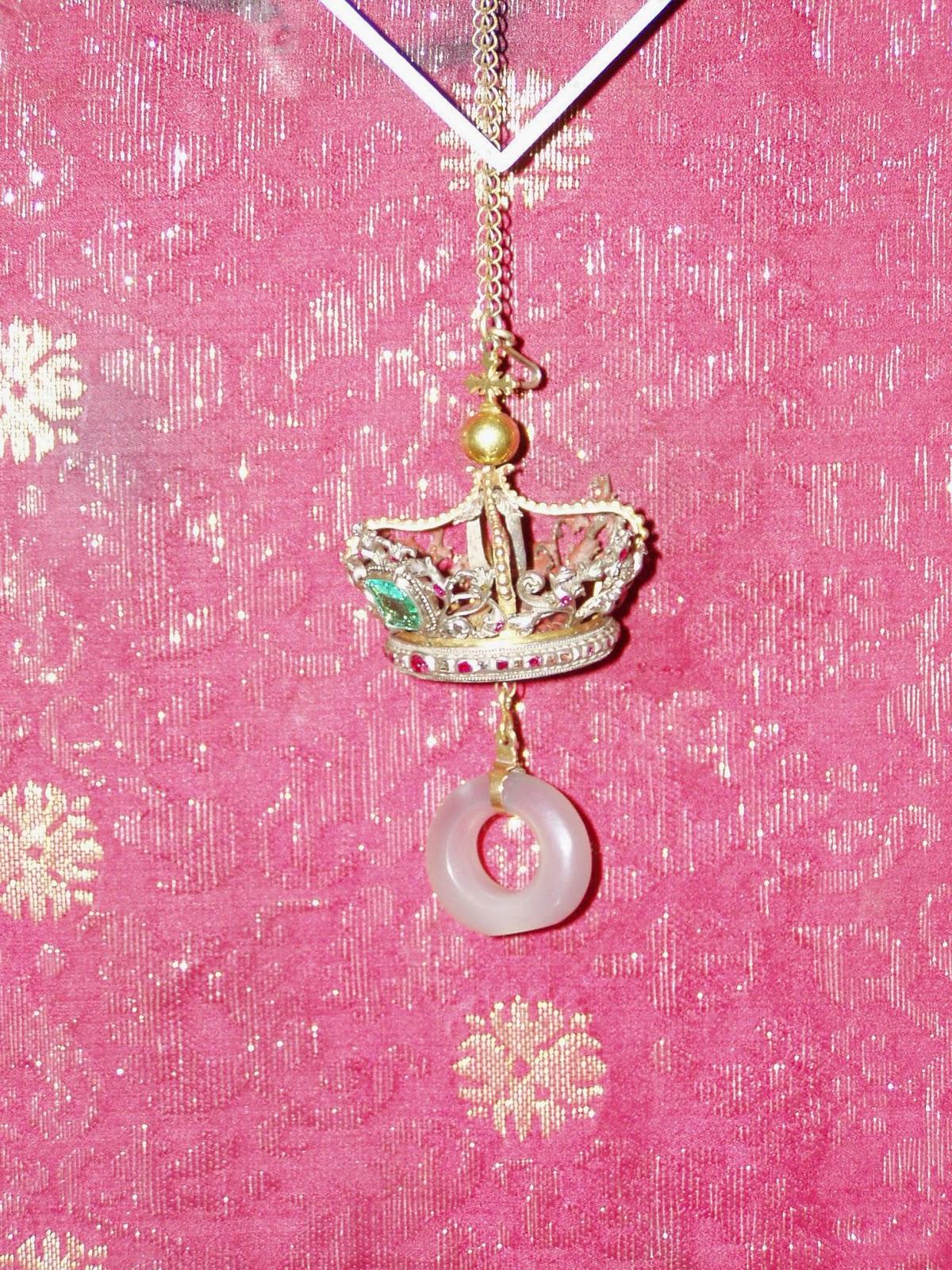 Το δαχτυλίδι μνηστείας της Παρθένου Μαρίας http://leipsanothiki.blogspot.be/
