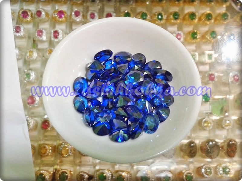 Aquamarine Biru Tua
