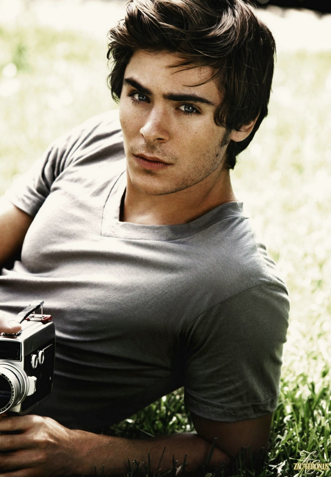 View Pictures Of Zac Efron Hairstyles Haircut Zac Efron