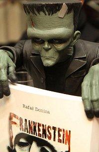 """""""Frankenstein 100 lat w kinie""""  relacja z premiery książki"""