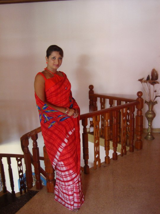 Sri lankan Actress Vasana Dayarathna Latest New PicsPhotos navel show