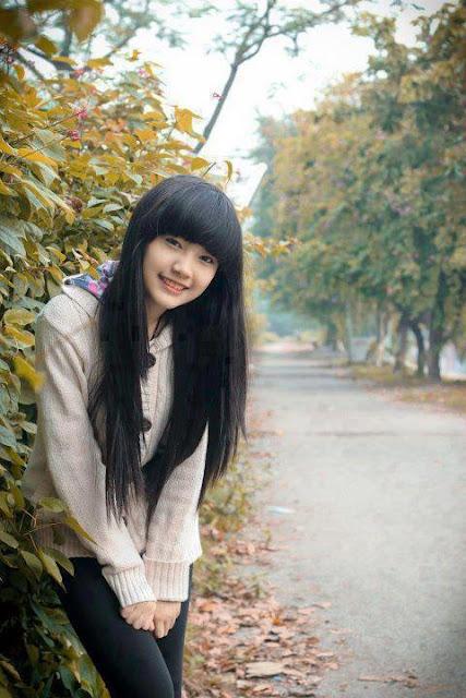 cô gái đẹp tự nhiên