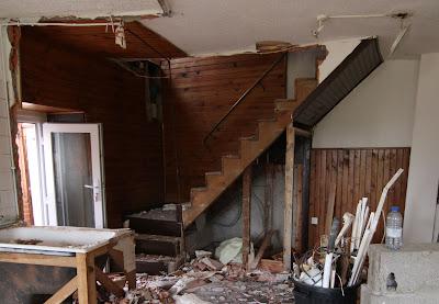 r novation de ma maison l 39 escalier. Black Bedroom Furniture Sets. Home Design Ideas