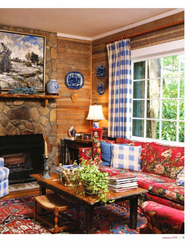 More traditional red white blue rooms with transferware for Red and blue living room decor