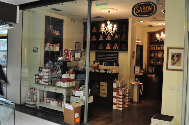 royal passport day - magazin sabon