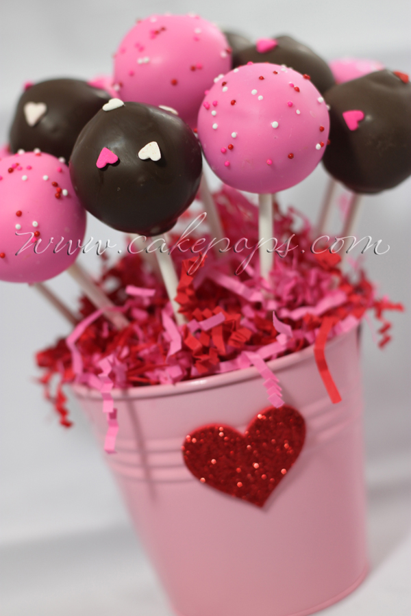 Candy's Cake Pops: Heart Shaped Cake Pops - Valentine's Day Cake Pops