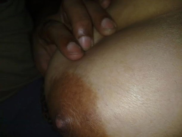 indian wench loved suck dick of my old friend right on the groun
