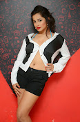 Hashika Dutt latest glam photo shoot-thumbnail-5