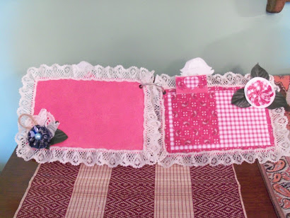 Red Checked and Hankie Pages of Cowgirl Chic Mini