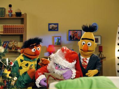 a much deeper level random muppet 30 santa claus. Black Bedroom Furniture Sets. Home Design Ideas