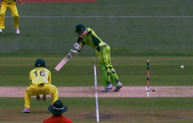 pakistan vs australia  live score of 3rd quarter final in cwc 2015