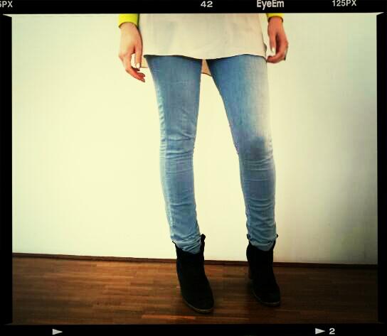 Jeans in Stiefeletten