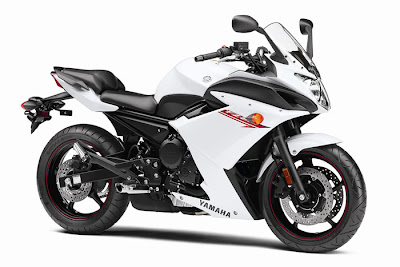 2012 Yamaha FZ6R White Color Picture