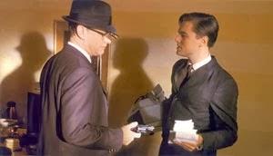 Tom Hanks y Leonardo DiCaprio en Atrápame si puedes