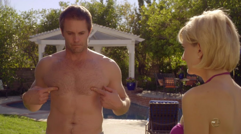 Garret Dillahunt Shirtless on Raising Hope s1e20