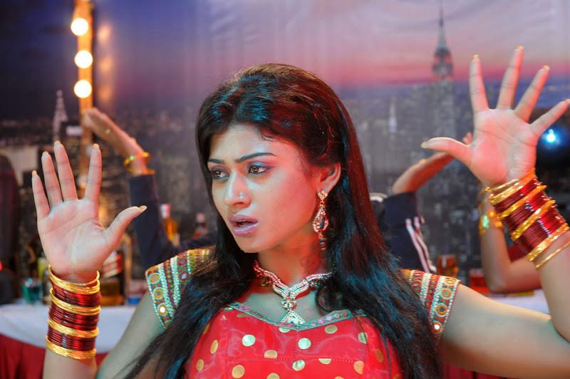 Sanya Srivastava New Telugu Movie Item Girl Hot Stills Photos hot images