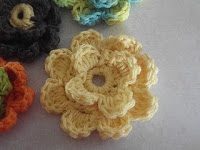 crocheted flower tutorial - greetingarts - Free Blogs, Pro Blogs