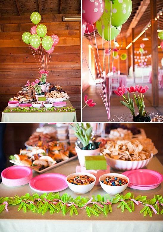 Fiesta de cumpleaños con globos en rosa y verde