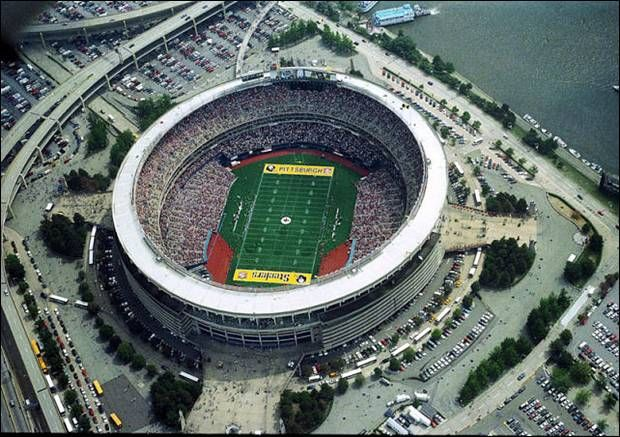 Three Rivers Stadium - Pittsburgh