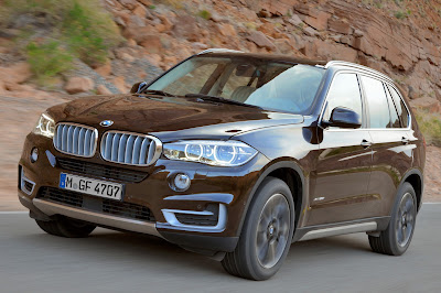 2014 BMW X5 Brown Front Three Quarters view