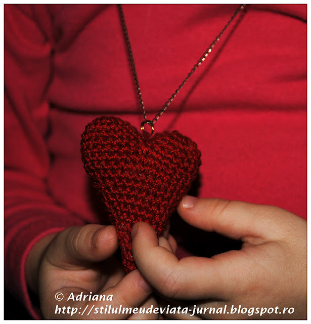 inima rosie crosetata