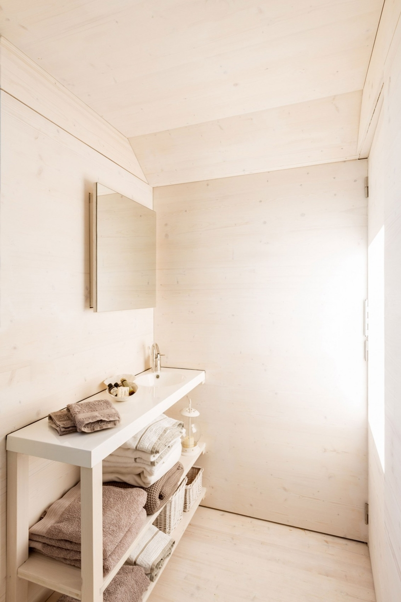 Bathroom area in a portable home