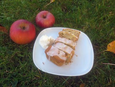 Apfel-Zimt-Minikuchen