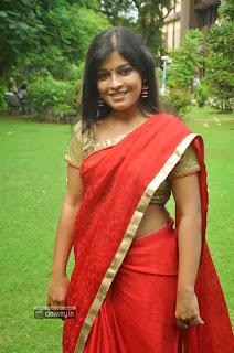Actress-Gowri-Nambiar-Stills-at-Valiyudan-Oru-Kadhal-Audio-Launch