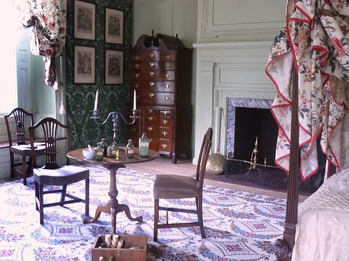 The Green Chamber at Schuyler mansion, sitting area and a bed