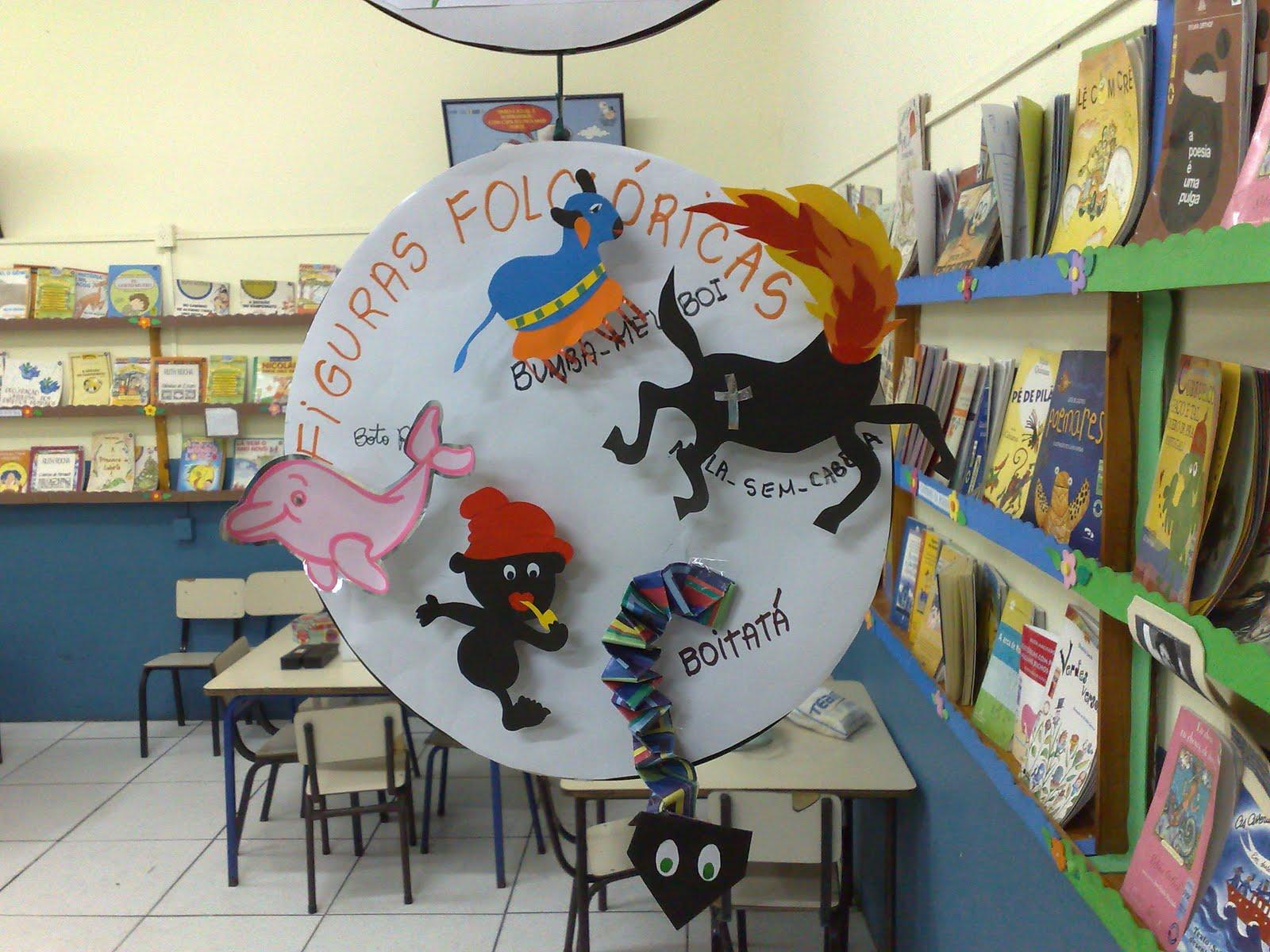 """decoracao sala de leitura na escola:Sala de Leitura: * PROJETO: """"Dançando, Contando e cantando o nosso"""