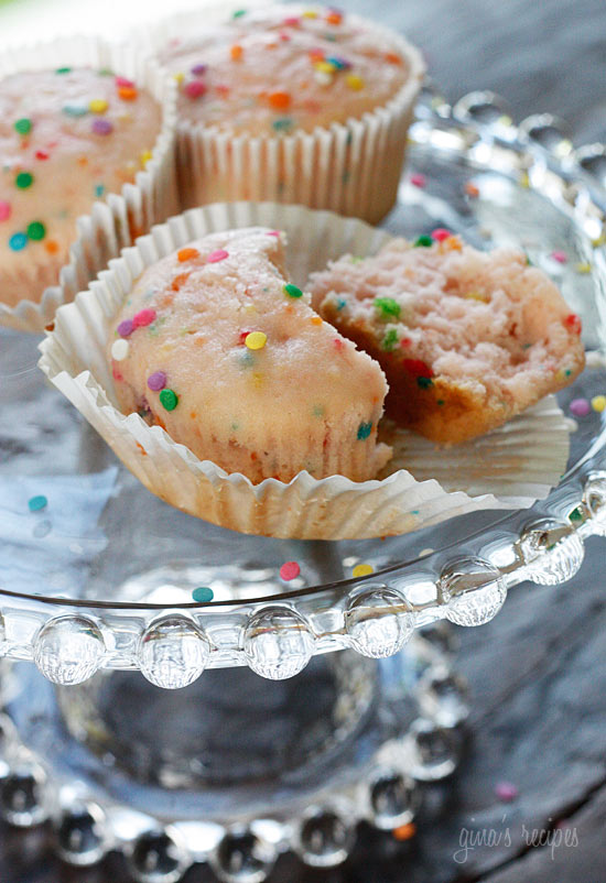 Pink Lemonade Confetti Cupcakes | Skinnytaste