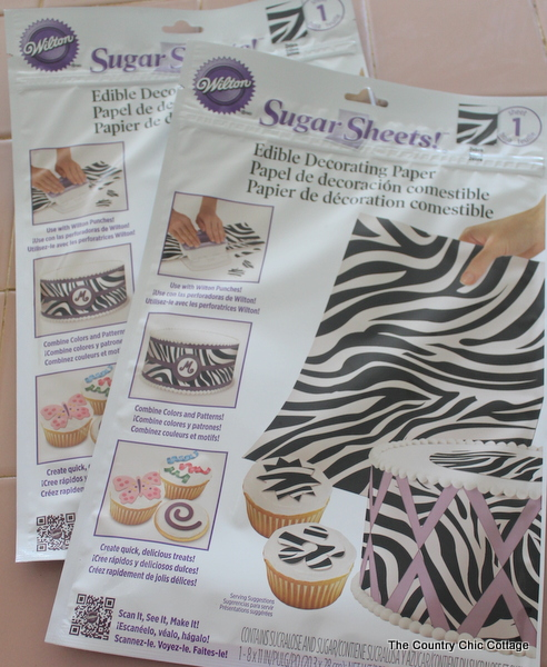 how to cut zebra stripes out of fondant