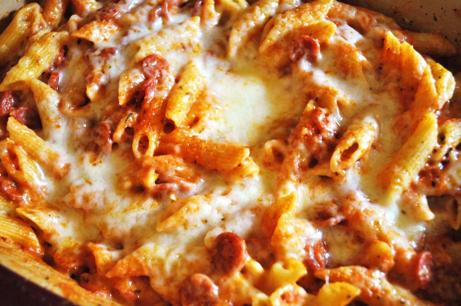 pasta bake 1 lb penne pasta 2 cloves garlic 1 jar of pasta sauce