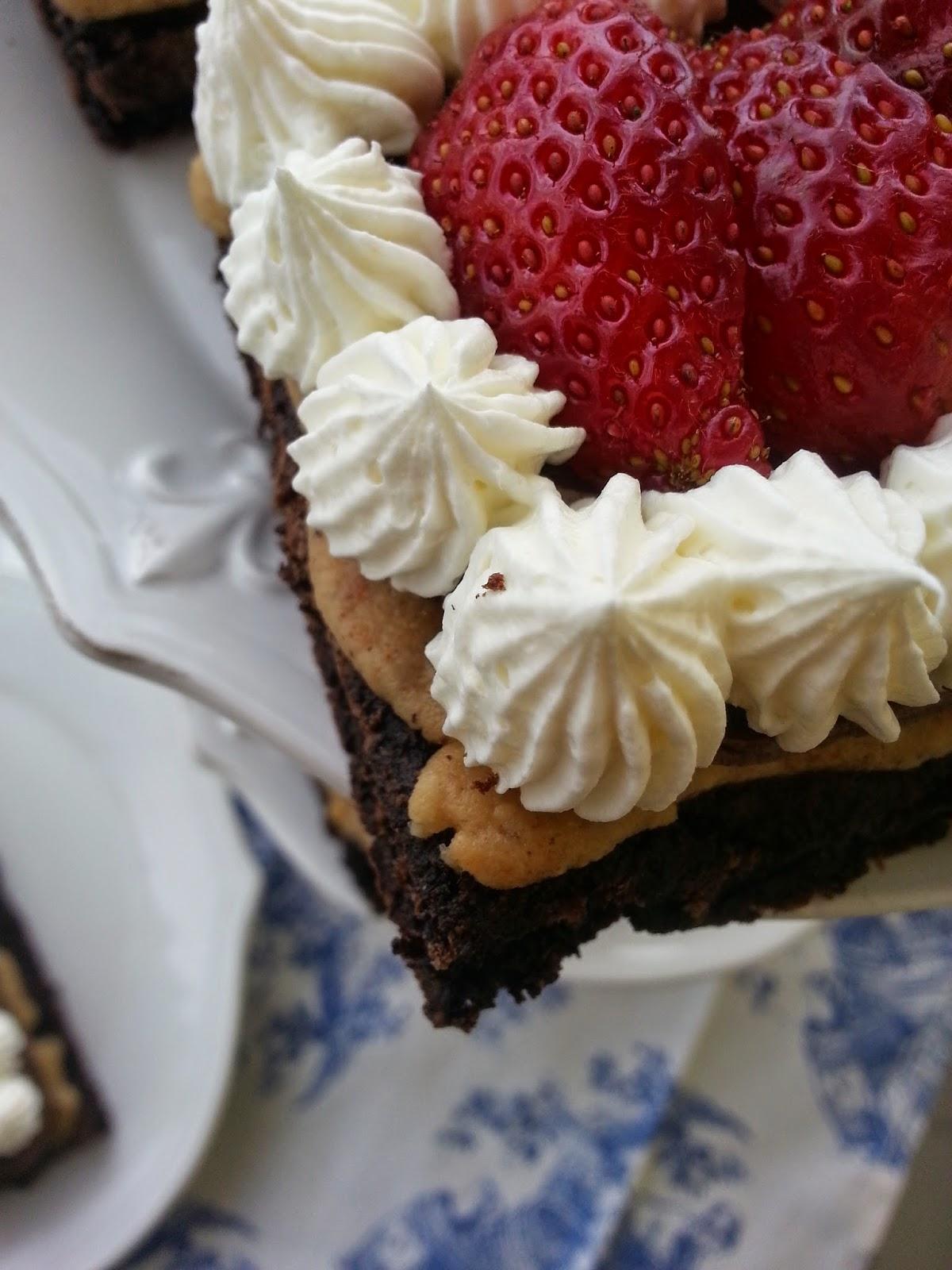 çilekli kek