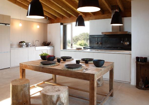 Una Moderna Casa De Campo En Geronaa Modern Country Home