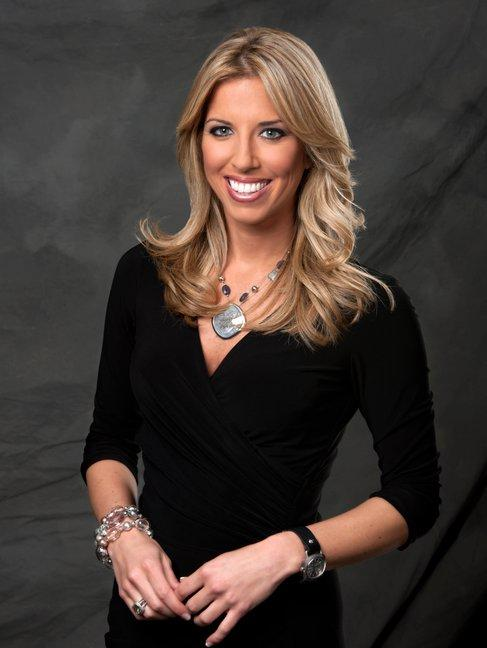 Sara Walsh ESPN Hot http://aarongoinsnation.blogspot.com/2011/04/2011-top-50-most-beautiful-women-in.html