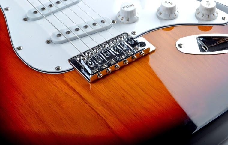 đàn guitar điện giá rẻ hà nội