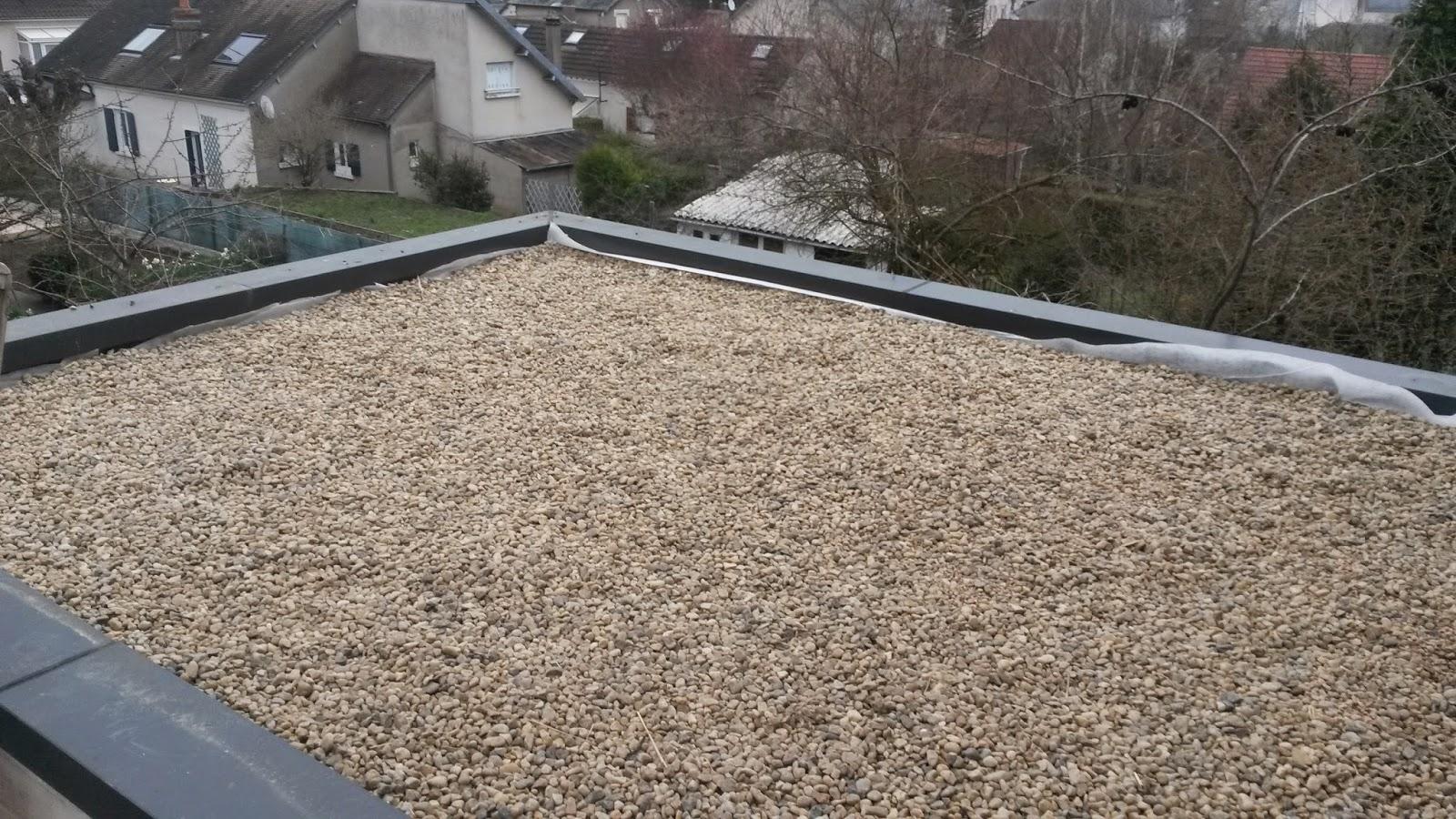 Chantier en cours protection toit plat for Gravier pour terrasse