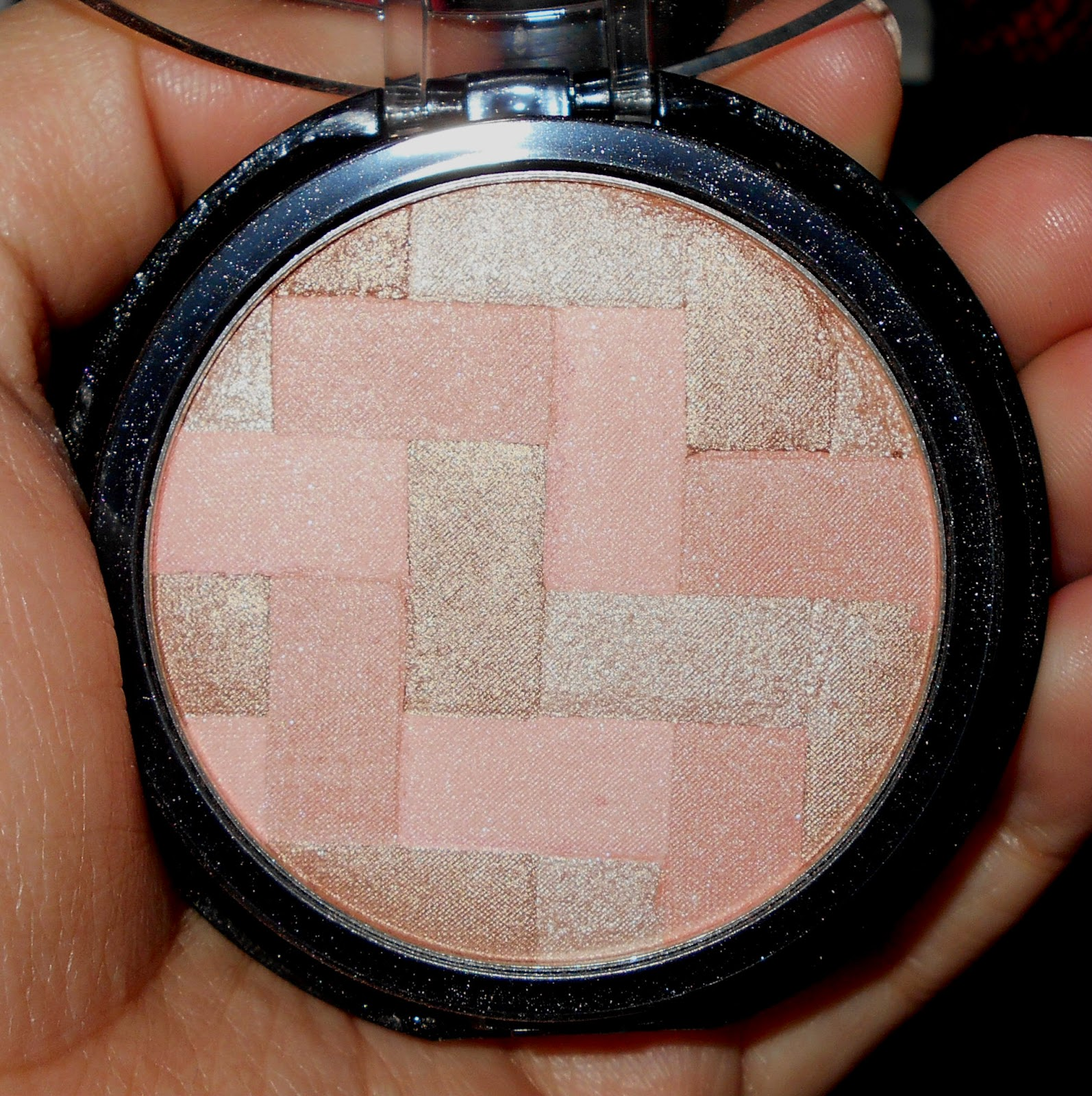 Maybelline Master Hi-Light Blushes in Nude