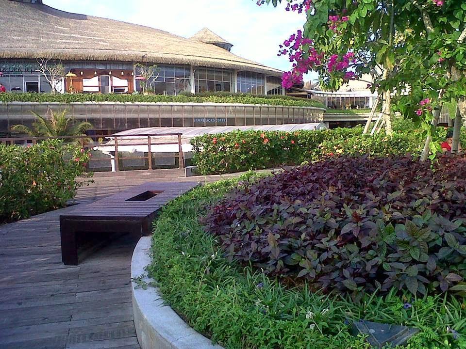 Beautiful garden on the second floor in Beachwalk mall, Kuta