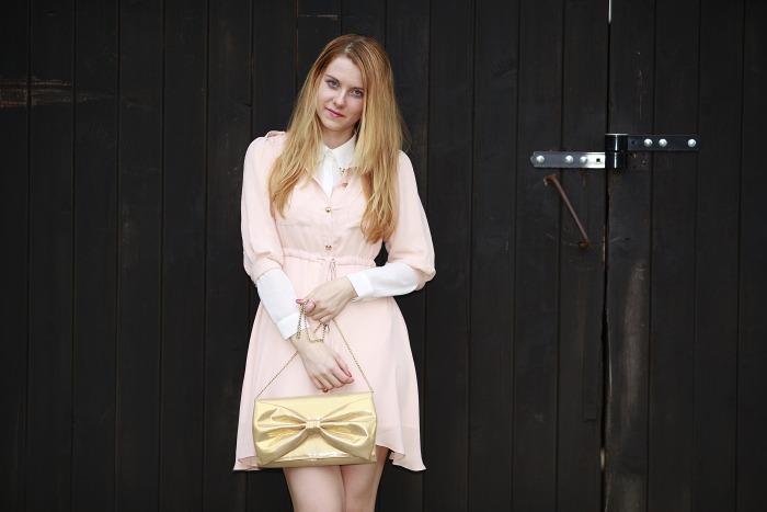 česká blogerka, Lucie Srbová, světle růžové šaty, sheinside