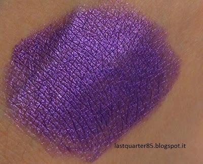 Colour Shock long lasting eyeshadow Kiko in 05 Fierce Violet.